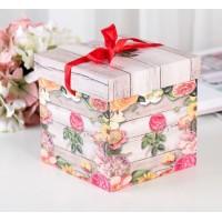 """Коробка """"Розы"""" 15*15*15 см с бантом"""