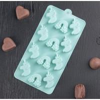 """Форма силиконовая для шоколада, карамели, льда """"Единороги"""""""